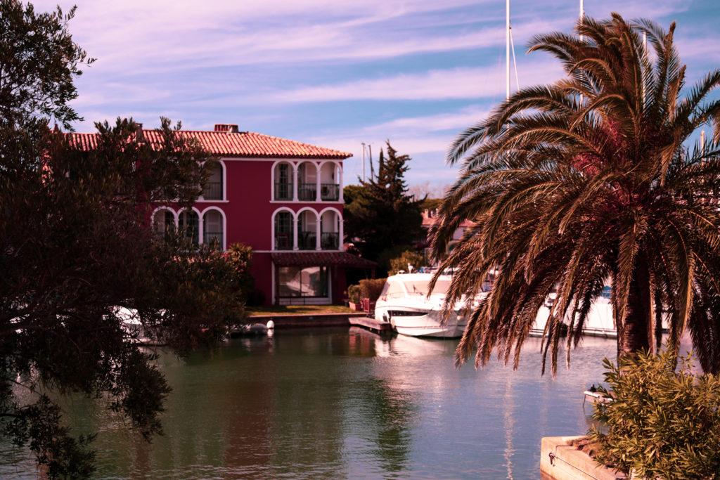 Les Maisons Colorées de Port Grimaud