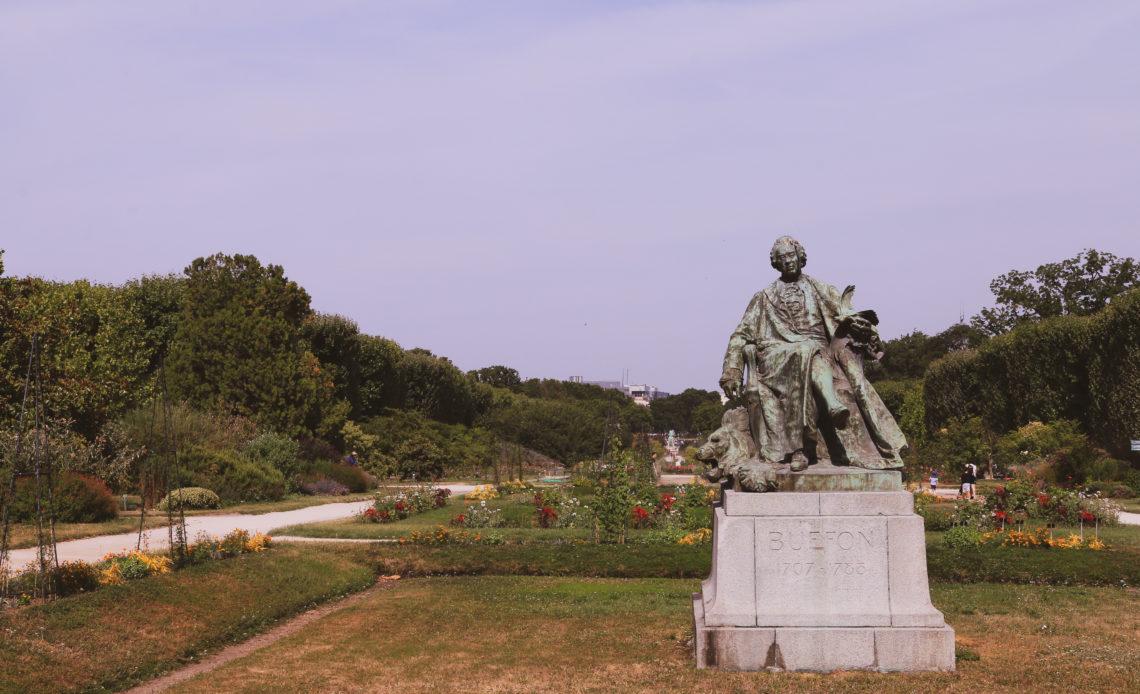 Statue de Buffon dans le Jardin des Plantes