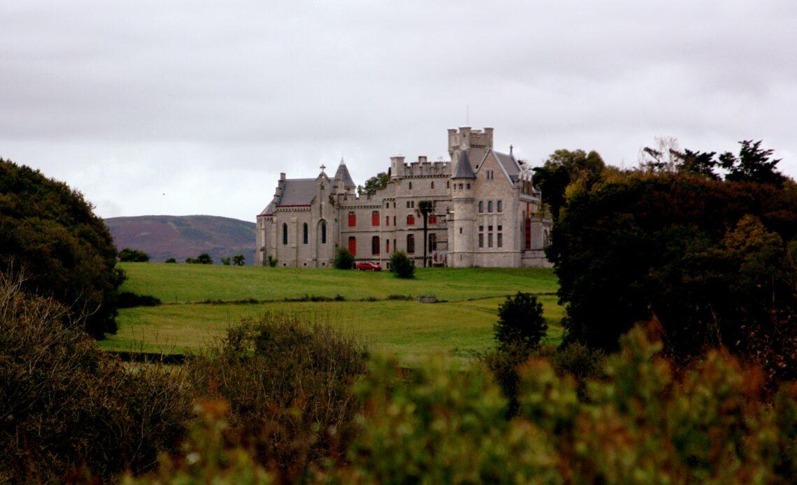 Le Chateau d'Abbadia